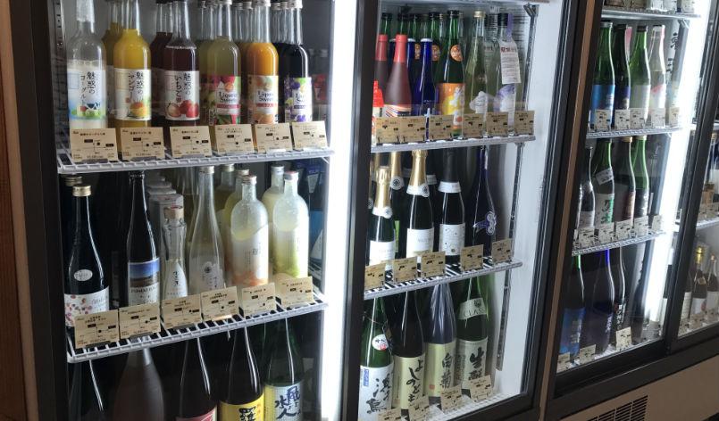 日本酒ショーケース